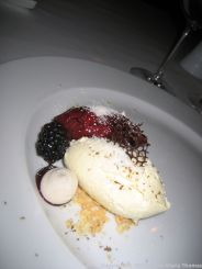 WENTZL, WHITE CHOCOLATE MOUSSE, BLACK TRUFFLE, CURRANT SAUCE, NUT CRUMB 020
