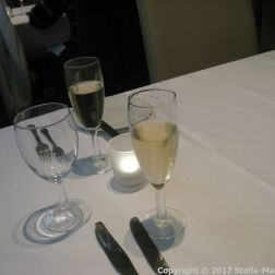 PRIDE OF HULL, THE BRASSERIE - CHAMPAGNE 004