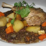 the-countryman-confit-duck-leg-with-puy-lentils-braised-vegetables-and-rosemary-parmentier-potatoes-002_36846748782_o