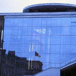 6th-gwa---berlin-reflections-of-the-reichstag-004_3099292291_o