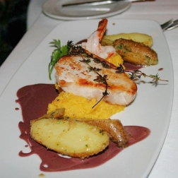 6th-gwa---dresden-alte-meister---wild-salmon-with-beetroot-puree-001_3095456574_o