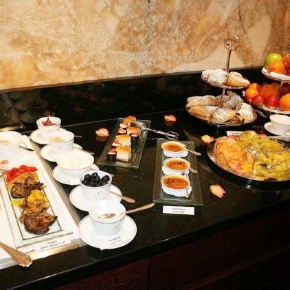 6th-gwa---dresden-hotel-suitess-breakfasts-008_3099074582_o