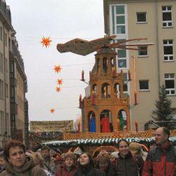 6th-gwa---dresden-weihnachtsmarkt-an-der-frauenkirche-001_3095586434_o
