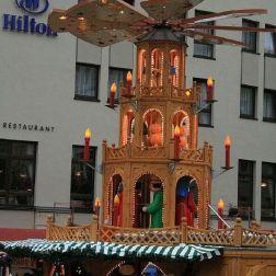 6th-gwa---dresden-weihnachtsmarkt-an-der-frauenkirche-002_3096458852_o