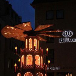 6th-gwa---dresden-weihnachtsmarkt-an-der-frauenkirche-004_3095664391_o