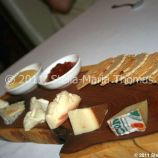 artisan-may-2011---selection-of-fine-cheeses-with-tomato-chutney-and-biscuits-010_5752184246_o
