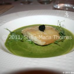 artisan-may-2011---slow-cooked-smoked-haddock-with-caviar-crushed-peas-and-pea-soup-006_5752182642_o