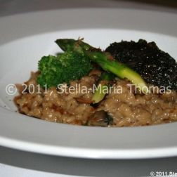 artisan-may-2011---wild-mushroom-risotto-with-parmesan-and-fresh-truffle-008_5751639001_o