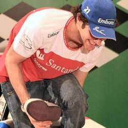 bruno-senna---25th-macau-f3-race-celebrations-010_2035668747_o