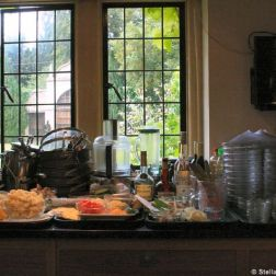 cookery-school-le-manoir-aux-quatsaisons-kitchens-002_3718412526_o