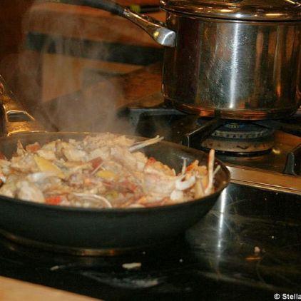cookery-school-le-manoir-aux-quatsaisons-making-crab-bisque-002_3717601261_o