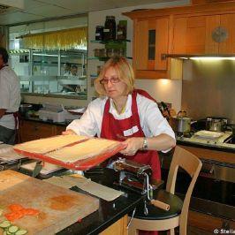 cookery-school-le-manoir-aux-quatsaisons-making-pasta-008_3718419960_o