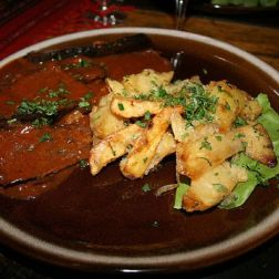 dinner-burebista---wild-boar-with-mushrooms-and-fried-potatoes-001_2799504068_o