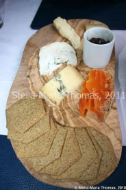 eat-at-23-sunday-lunch---cheeses-mimolette-conte-epoisses-goats-cheese-016_5442995832_o