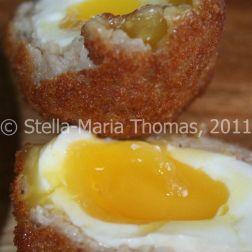 eat-at-23-sunday-lunch---scotch-egg-008_5442388833_o