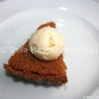 eat-at-23-sunday-lunch---treacle-tart-with-vanilla-ice-cream-015_5442995524_o
