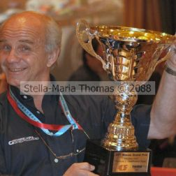 george-with-roberto-streits-trophy-003_3041587300_o