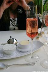 hotel-moselschild-olivers-restaurant-sekt-with-wild-strawberries-001_3617386855_o