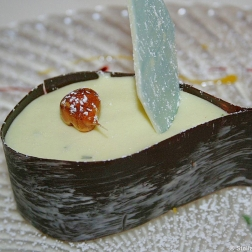 hotel-moselschild-olivers-restaurant-woodruff-mousse-in-a-chocolate-tear-014_3618207828_o