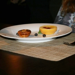 ift-restaurant---creme-brulee-and-custard-tart-001_3029052239_o