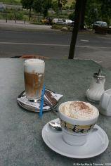 kaffee-pause-in-zeltingen-rachtig-cafe-latte-and-wiener-melange-001_3618252297_o