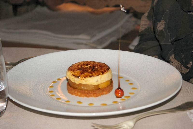 les-roches-fleuries---apple-pudding-001_2342064439_o
