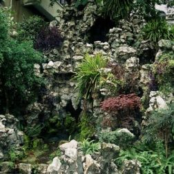 lou-lim-ioc-garden-001_60981680_o