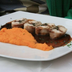 lunch-at-le-puck---rabbit-carrot-puree-001_2342065581_o