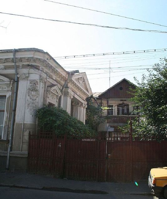 monday-in-bucharest-007_2798659593_o