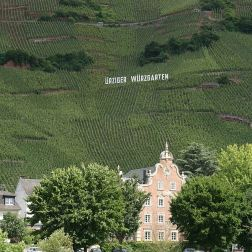 mosel-from-zeltingen-rachtig-to-traben-trarbach-052_3618288678_o