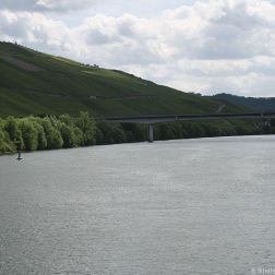 mosel-from-zeltingen-rachtig-to-traben-trarbach-065_3618294974_o