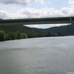 mosel-from-zeltingen-rachtig-to-traben-trarbach-068_3618296086_o