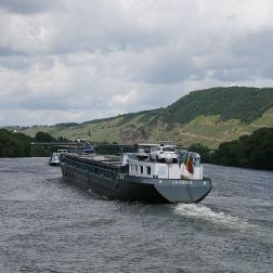 mosel-from-zeltingen-rachtig-to-traben-trarbach-077_3617478465_o