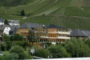 mosel-from-zeltingen-rachtig-to-traben-trarbach-092_3618305150_o