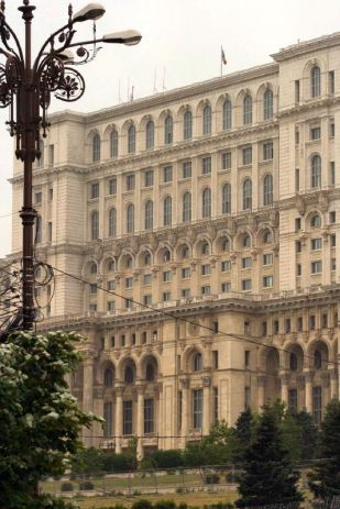palace-of-parliament-peoples-house-001_505430370_o