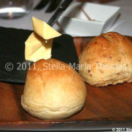 roger-hickmans-restaurant---bread-rolls-003_5722275952_o