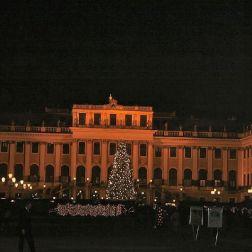 schoenbrunn-palace-christmas-market-001_315029518_o