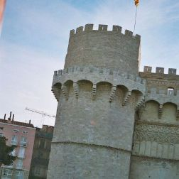 serrano-gate-002_60073852_o