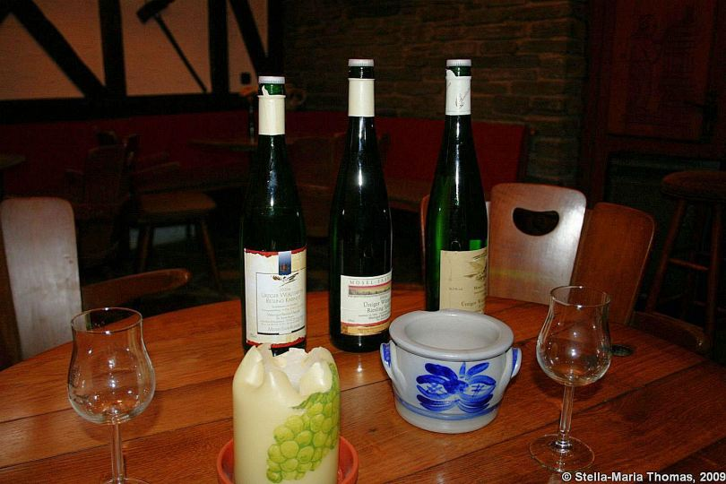 wine-tasting--buying-on-the-mosel-001_3619080764_o