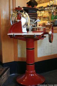 zeltinger-hof-ham-slicing-machine-001_3619017302_o