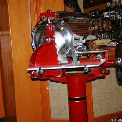 zeltinger-hof-ham-slicing-machine-002_3619017636_o