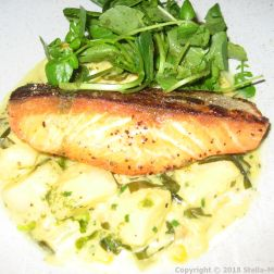 185 WATLING STREET, MARCH, SALMON WITH CLAMS AND POTATOES 002