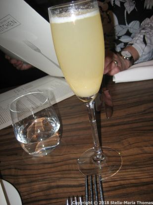THE OXFORD KITCHEN, PEAR BELLINI 001