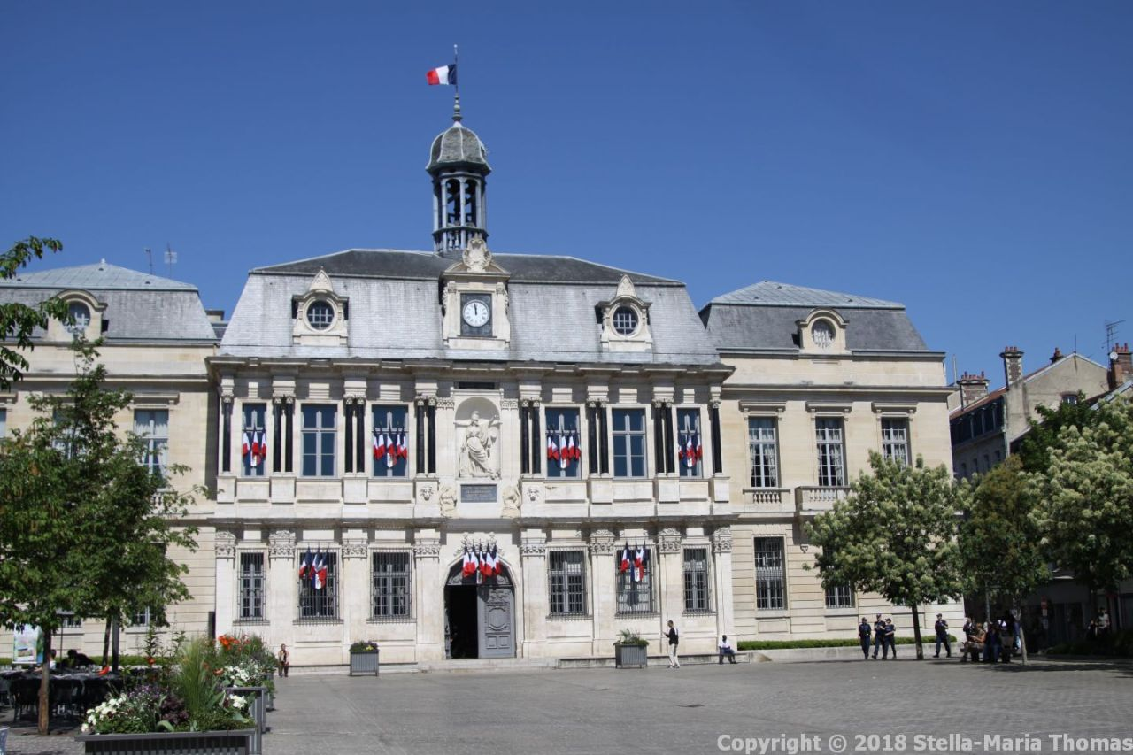 TROYES 001