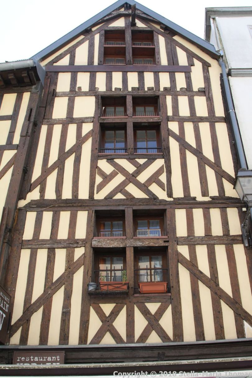 TROYES 003