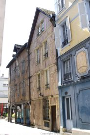 TROYES 009