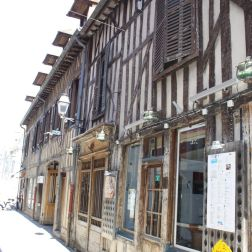 TROYES 033