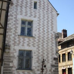 TROYES 035