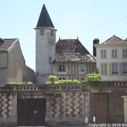 TROYES 045