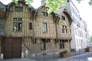 TROYES 069